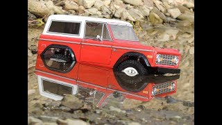 MST CMX Ford Bronco Crawler Off the road
