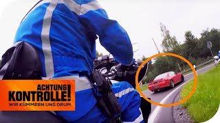 Polizei-Motorradstaffel zieht Tuning-Nissan aus dem Verkehr! Zu laut? | Achtung Kontrolle