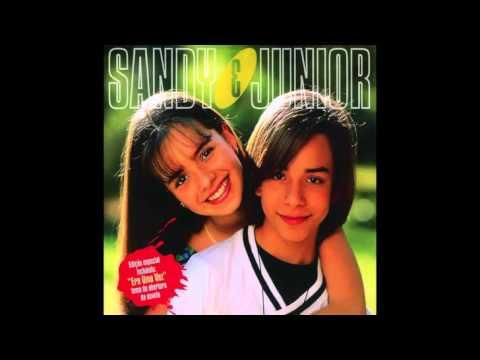 musica de sandy e junior abre a porta mariquinha