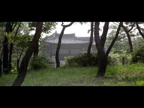 Namsangol Hanok Village, a Stroll from the Centre of Seoul