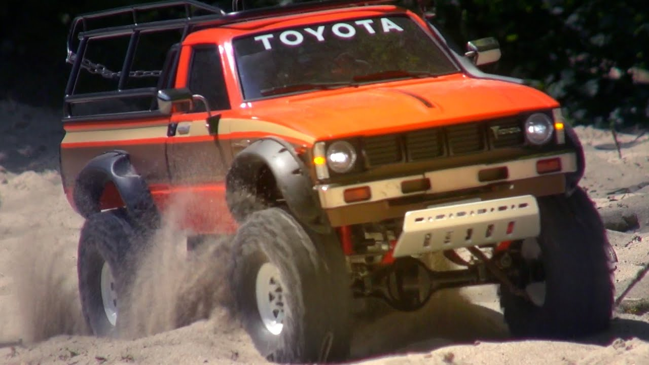 Tamiya Toyota Hilux High Lift On A Sunny Summer Day