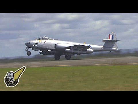 WW2 Fighter Jet: Gloster F.8 Meteor