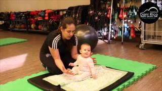 Você sabe como estimular o seu bebê a sentar?