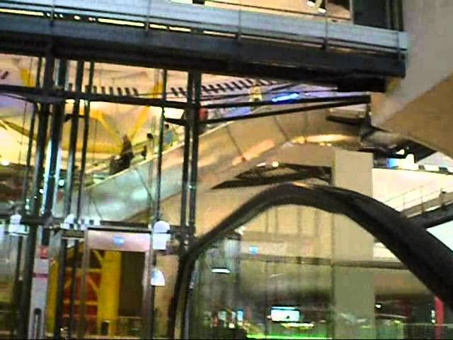 Las Arenas de Barcelona Shopping Center 5  Apr 2011