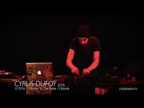 Cyrus Dufoy @ L'écurie