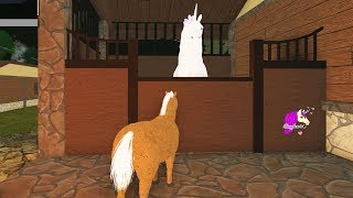 The Trapped Unicorn ! Let's Play Roblox Horse World - Game Video