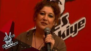 Yarışmacının kulisteki annesi sesiyle büyük beğeni topladı | O Ses Türkiye 2018