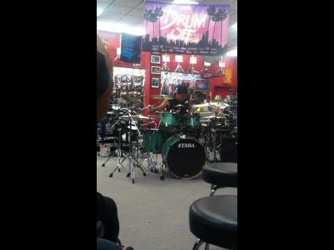 Zakk DuBois @ 2013 Guitar Center Drum Off