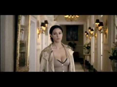 Monica Bellucci   Heart tango High Quality