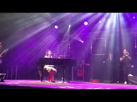 """Sylwia Grzeszczak ft Liber """"Co z nami będzie"""" koncert Szczecin 14.02.2018"""