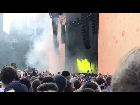 Post Malone - Too Young live @ Lollapalooza 2018