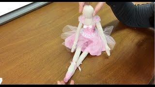 Como fazer Bailarina em tecido – roupa – parte 3 por Carolina Stefano