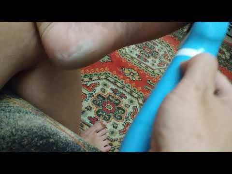 Пилинг с электрической роликовой пилкой для ног Feet Up PediSmooth