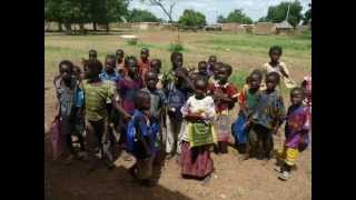 Dédicasse Urgence Afrique Chanteurs sans frontières Éthiopie.wmv