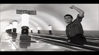 Никита Михалков - А я иду, шагаю по Москве
