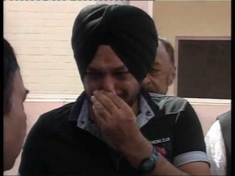 Jaspal Bhatti Tragedy: Grief Stricken Ghuggi. Comedians also Cry.