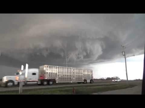 Enorme tornado en formación captado en Illinois