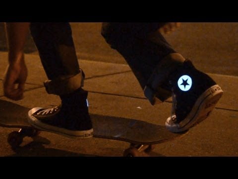 HOWTO make glowing Converse
