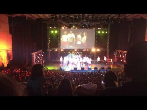 LaLa Band - La la love song live sala palatului