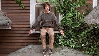 【穷电影】男孩总是坐在窗台上张开手,大家觉得奇怪,却不知他拥有特殊的超能力