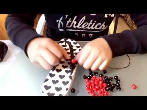 Como decorar sandalias con pepas