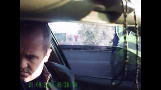 Не пристёгнут ремень безопасности.(, 2013-09-21T17:15:15.000Z)