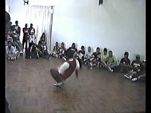 B-boy of the year 2008 - Bboy lobo vs Bboy luis - primera ronda