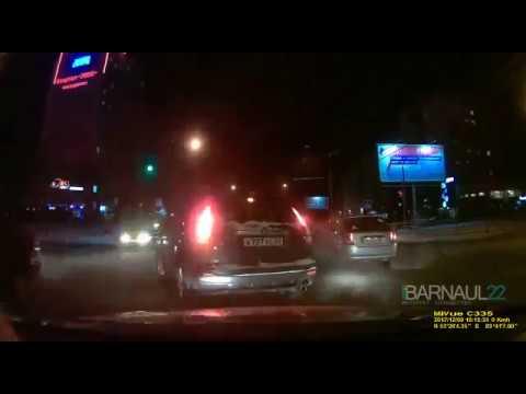 Момент ДТП Балтийская-Лазурная 09.12.2018. Барнаул
