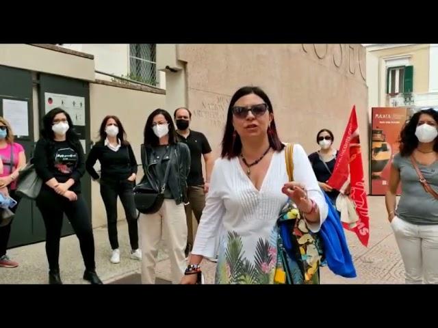 Protesta dei lavoratori di Nova Apulia. Il museo MarTa li sostituisce con gli algoritmi