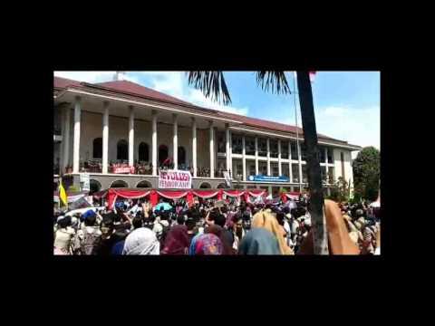 Demo Mahasiswa UGM pecahhh