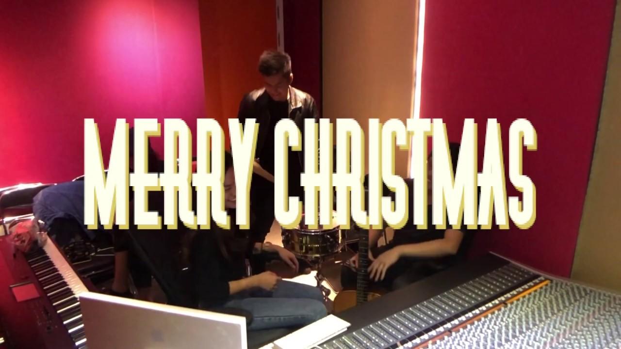 Christmas song 2019 - Blue Christmas (Elvis Presley cover) - YouTube