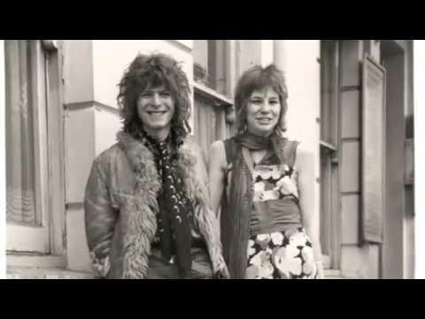 David Bowie - Kooks [Acustic Live]