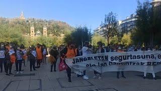 Concentración de trabajadoras de comedores escolares en huelga