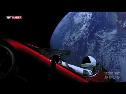"""Tesla Roadster ve manken """"Starman""""in fırlatma sonrası görüntülerini yayınladı."""
