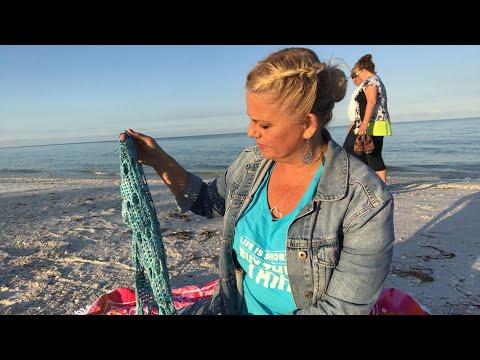 Yarn on the Beach 105 live daily sunrise video podcast with Kristin Omdahl knitting crochet