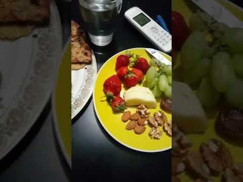 Special iftaar nurgsi koftay , chicken pakora , keema wala naan with little bit fruits :*