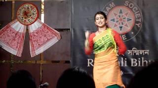 Barsha Rani Bishaya performs Tiwa Dance: Rongali Bihu 2011, Dubai, UAE