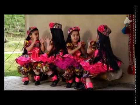 Chamanda gul..  Uzbek folk song & dance. girls dancing...