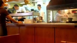 Повар в ресторане ЯКИТОРИЯ