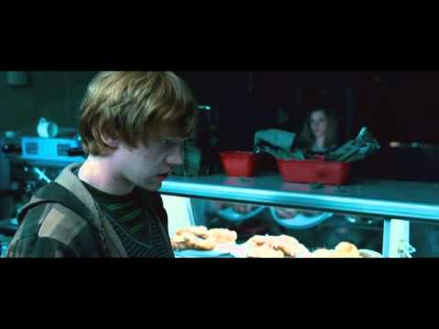 Harry Potter and the Deathly Hallows  Part 1: Cafe Attack