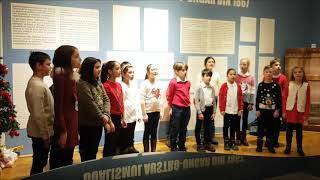 Corul de Copii Corona Melos, program muzical de colinde