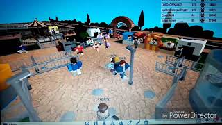We play Theme park tycoon 2 in Roblox