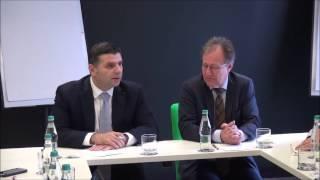 Alexandru Petrescu, ministrul pentru Mediul de Afaceri, Comerț și Antreprenoriat, vorbind în engleză
