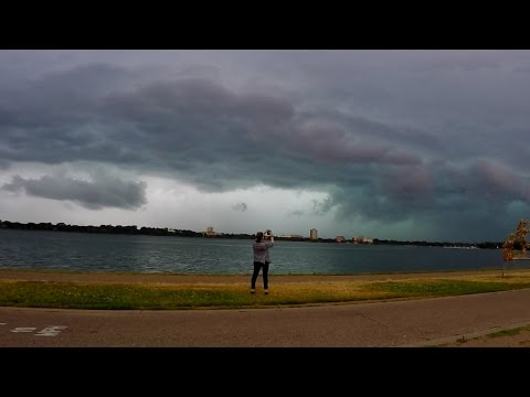 A Glancing Blow - Severe Windstorm Minneapolis 7/5/2016