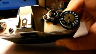 Қалай алып тастау жоғарғы қақпағы Canon AE-1 Top Cover Removal