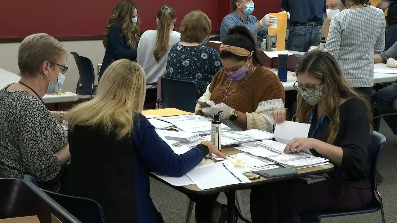 Download Election workers in Pennsylvania count mail-in ballots in US election | AFP