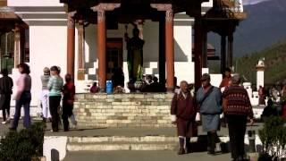 Путешествие в королевство Бутан. Королевские лучники. Стрельба из лука национальный спорт(Королевство Бутан — «страна дракона-громовержца», последнее закрытое гималайское королевство... - похоже..., 2014-11-25T11:52:37.000Z)
