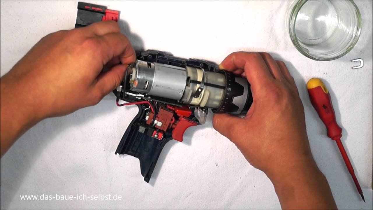 reparatur zerlegen disassembly bosch gsr 10 8v akkuschrauber part 1 2 youtube. Black Bedroom Furniture Sets. Home Design Ideas
