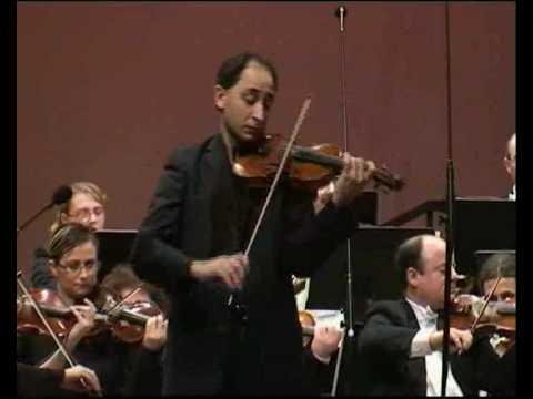 Dvorak Violin Concerto 2nd mvt - Carmine Lauri - MPO - M.Laus. Malta 2009
