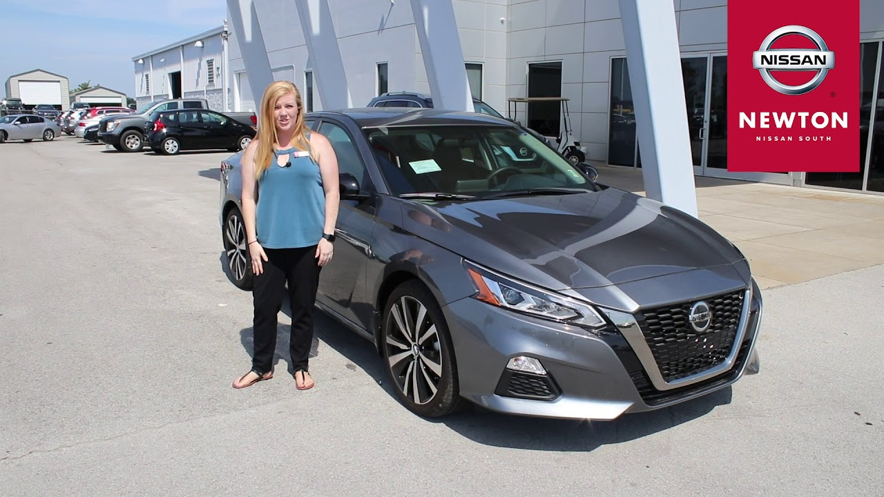 Newton Nissan South >> Tori Durr 2019 Nissan Altima Walkaround Newton Nissan South
